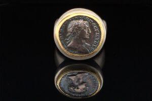 Ring mit antiker Münze